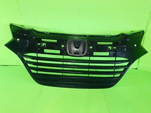 2016 2017 2018 HONDA HR-V UPPER GRILLE OEM 71121-T7W-A00 Good conditions