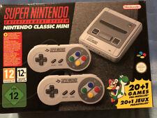Nintendo Classic Mini: Super Entertainment System e 2 Controller Snes Mai Aperto