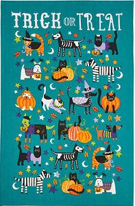 "Ulster Weavers ""Trick or Treat"" Halloween Cotton Tea Towel Cats Dogs Pumpkins"