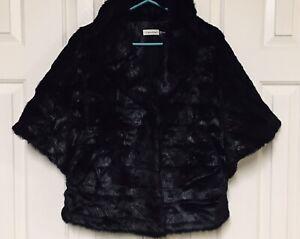 Calvin Klein Coat Black Faux Vegan Fur Short Sleeve Poncho Cape Style Large