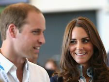 Catherine, Duchess of Cambridge & Prince William UNSIGNED photo - H5847