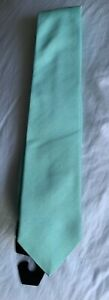 New With Tag THOMAS PINK TIE Mens Green Woven 100% Silk Altar Plain