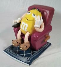 YELLOW PEANUT M&M IN RECLINER WITH REMOTE CANDY DISPENSER