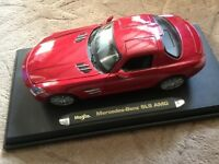 MAISTO 1:18 MERCEDES - BENZ SLS AMG DIECAST MODEL CAR RED