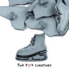Patines de hielo gris botones Galore Novedad Craft Botones Sport Hobby coser de invierno