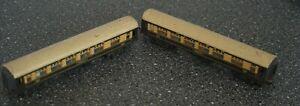 Model Railway  - Triang  TT Gauge - Pair of Pullman Cars - Snipe & Eagle