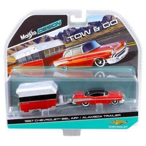 Maisto 1:64 TOW & GO 1957 Chevrolet Bel Air & Alameda Trailer Model Red 15368B