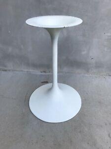 1960's Vintage SAARINEN TULIP SIDE TABLE BASE Mid-Century Classic