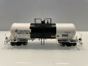 Athearn Genesis HO Grupo Mexico 13k acid tank car