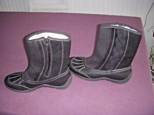 Croft & Barrow Women's Lined Ankle Zipper Black Boots Size 7 1/2M