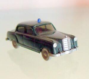 Wiking H0 1:87 Mercedes Benz 220 Polizei