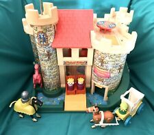 Vintage Fisher Price Toy - Play Family Castle 993 - complete (1970s)