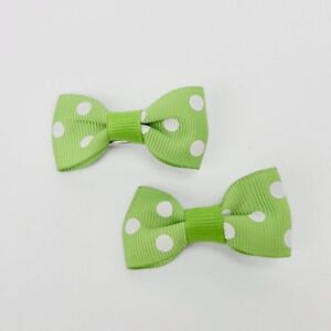 """Girls Set of 2 Small Cross Grain Ribbon Hair Bow Clips 1.75""""- Green with Dots"""