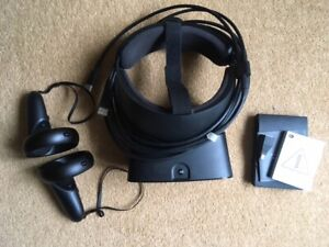 Oculus Rift S Virtual Reality Headset - Black