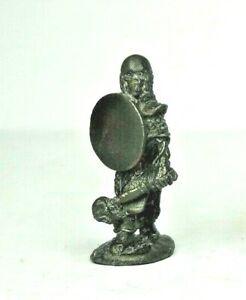 Warhammer - Citadel Miniatures C17 Skeleton Warrior with Mace 1984