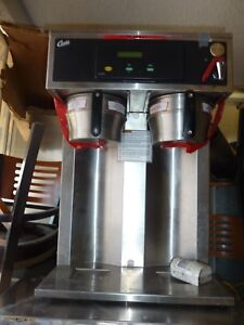 CURTIS COFFEE MAKER MODEL D 1000 GT52A000, 220 V,1 PH, HOT WATER,900 MORE  ITEMS