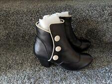 Lola Ramona Elsie Womens Ladies Black White Button Ankle Leather Boots Size 3 BN