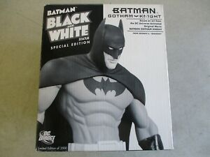 DC DIRECT BATMAN BLACK AND WHITE STATUE SPECIAL EDITION GOTHAM KNIGHT IN BOX