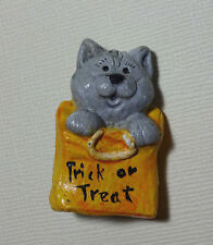 VTG Halloween Gray Kitty Cat Orange Trick or Treat Bag Pin Broach Signed 1986
