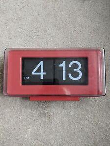 Automatic Flip Clock, Classic Retro Nostalgic Clock, Red Plastic
