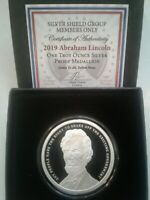 Abraham Lincoln - 1 oz. PROOF .999 Silver Round MiniMintage Silver Shield