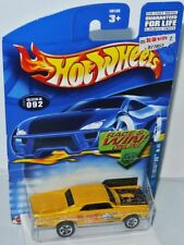 Hippie mobile 082/2001 - 1967 Pontiac GTO-Yellow/Graphics - 1:64 HOT WHEELS