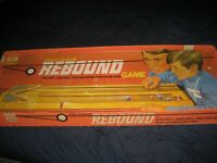 Vintage 1971 IDEAL Two-Cushion Rebound Game in Original Box