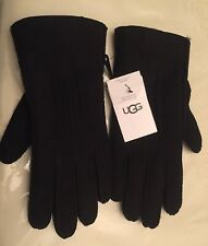 New  UGG GLOVES Contrast Sheepskin. Genuine. Medium Black. Tags attached.