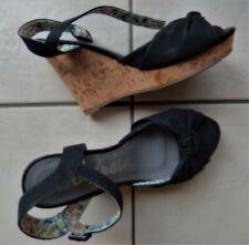 REFRESH chaussures noires point 37 talons liège 11 cms