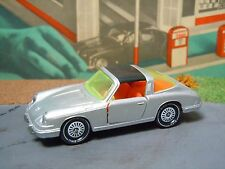 Porsche 911 van Siku V234 Germany *28531