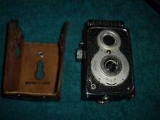 Halina Kinoflex Super Reflex 120 Roll Film Twin Lens Reflex Camera w/ case