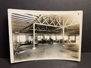 "Vintage Auto Photo, 1930's Garage Interior with Mechanics & Cars, 5x7""  #11"