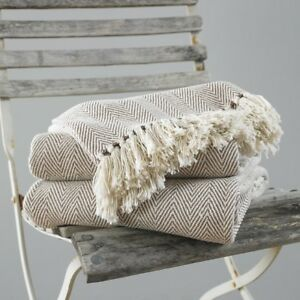 Chevron Cotton Tasselled Furniture-Bed Throws Natural And Cream,3 Sizes Free P&P