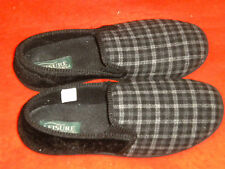MEN'S SLIPPERS, LEISURE FOAM TREADS, SIZE 10, FLANNEL AND VELVET LIKE FABRIC,