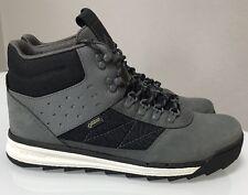 Volcom Men s Boot Sz 11.5 Shelterlen Gore Tex Winter GTX Boots Color Smoke New