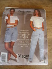 "VINTAGE  ""VOGUE CREATION  CALVIN KLEIN NOUVEAU JEANS   T SMALL 4/6"