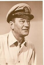 JOHN WAYNE IN MILITARY OUTFIT ON POSTCARD (M408F*)