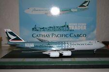 JC Wings 1:200 Cathay Pacific 747-8 B-LJA 'Hong Kong Trader' defect (XX2793)