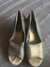 Report Metallic Wedge shoes,open toe  Sz 6, EUC