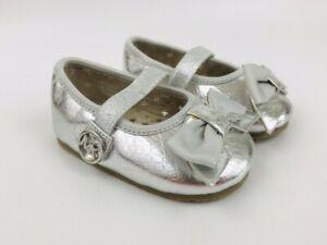 MICHAEL Michael Kors Infant Girls Baby Grace Bow Crib Shoes Silver Size 1