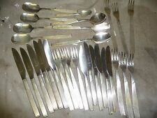 Cutlery 29 pieces VINERS silver plated knives  forks & spoons   .. G4