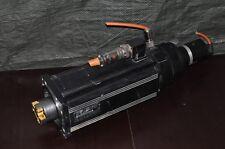 INDRAMAT MAC090B-0-ND-3-C/110-A-2 / S013 Servomotor