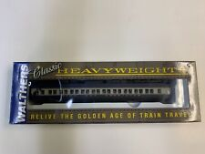 WALTHERS HO CLASSIC HEAVYWEIGHTS PAIRED WINDOW COACH 932-10114 MODEL TRAIN CAR