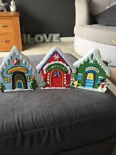 Great Metal Xmas Signs Can Be Used With Naughty Elf Brand New Lovely Items