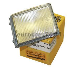 New! Volkswagen Passat Hella Right Reflector Assembly 006945041 3A0941780