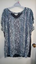 Autograph grey top size 26 with snakeskin pattern
