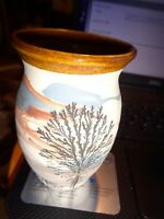 """SEVIERVILLE POTTERY TENNESSEE EARTH TONES PAINTED VASE 4 1/4"""" TALL"""