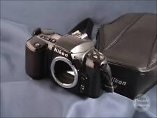 7745 - Nikon F-601 Film Camera inc Case