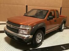 Chevy Colorado pickup truck z 71 brown. 1 /18 maisto 2004. loose
