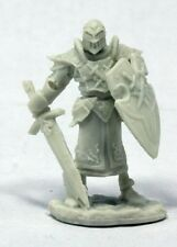 Reaper Bones 77382 Vernone Ivy Crown Knight